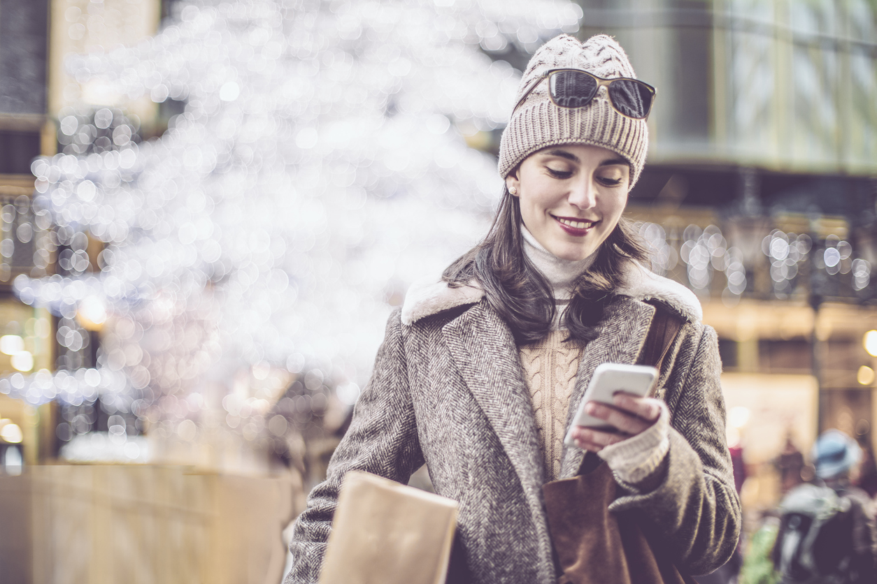 mobile-based-card-controls-keep-joy-in-holiday-spending