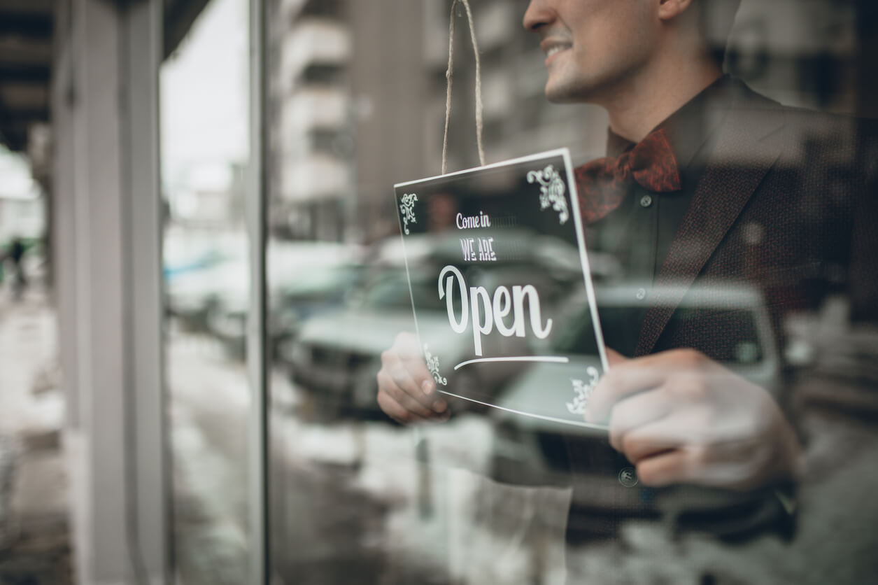 six-ways-fintech-helping-small-business-owners-meet-cash-flow-challenges